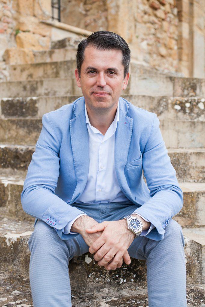 Nuevo asociado Oriol Juvé de Yebra, Director Gral del Hotel Urban 5*GL y del Hotel Villa Real 5* de Madrid