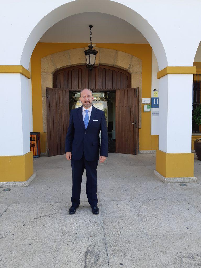 Nuevo asociado Gerardo Martin Neto, Director Hotel Cortijo Santa Cruz (Villanueva de la Serena.Badajoz)