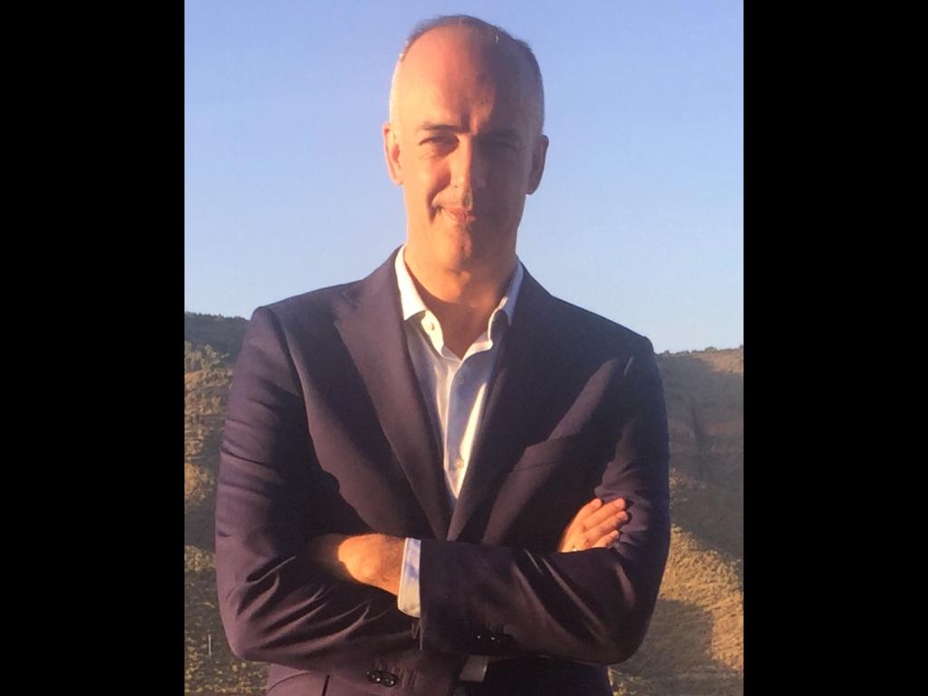 Nuevo asociado Javier Huertas